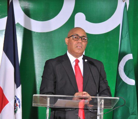 Yanio Concepción, presidente ejecutivo de Cooperativa Vga Real, anunció la extensión de la Expo Feria Madre Feliz 2020