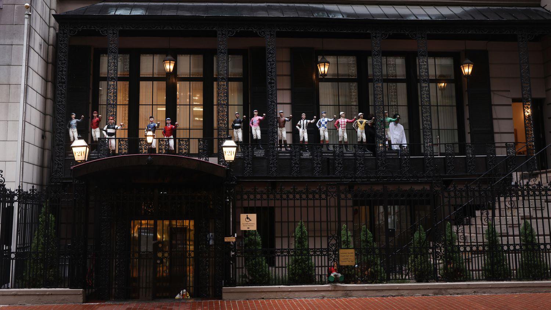 Fachada del Club 21 de Nueva York, que ha permanecido abierto 90 años.SPENCER PLATT / EL PAÍS