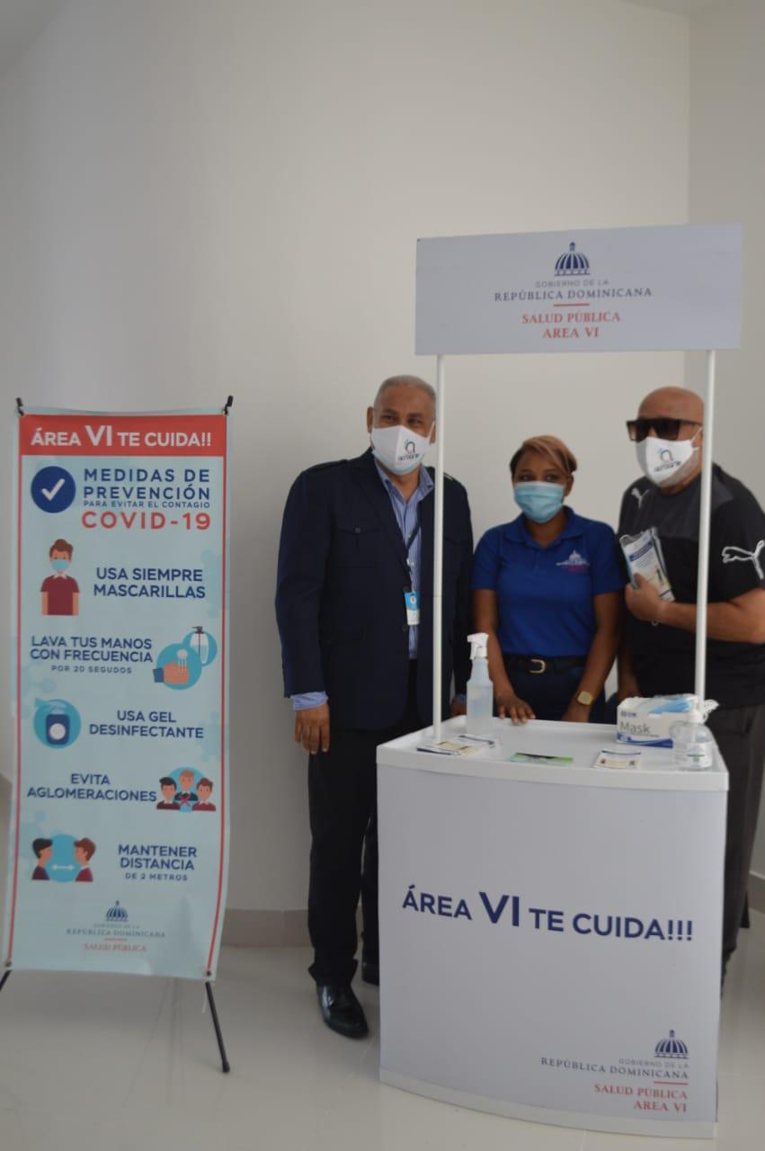 El personal del MSP entregó material formativo y mascarillas