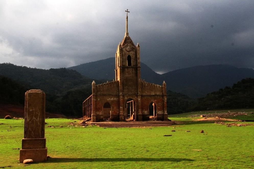 Estado actual de la Iglesia Sumergida de Potosí en Venezuela