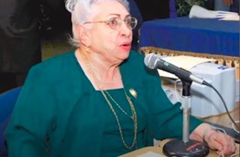 La locutora Maria Cristina Camilo