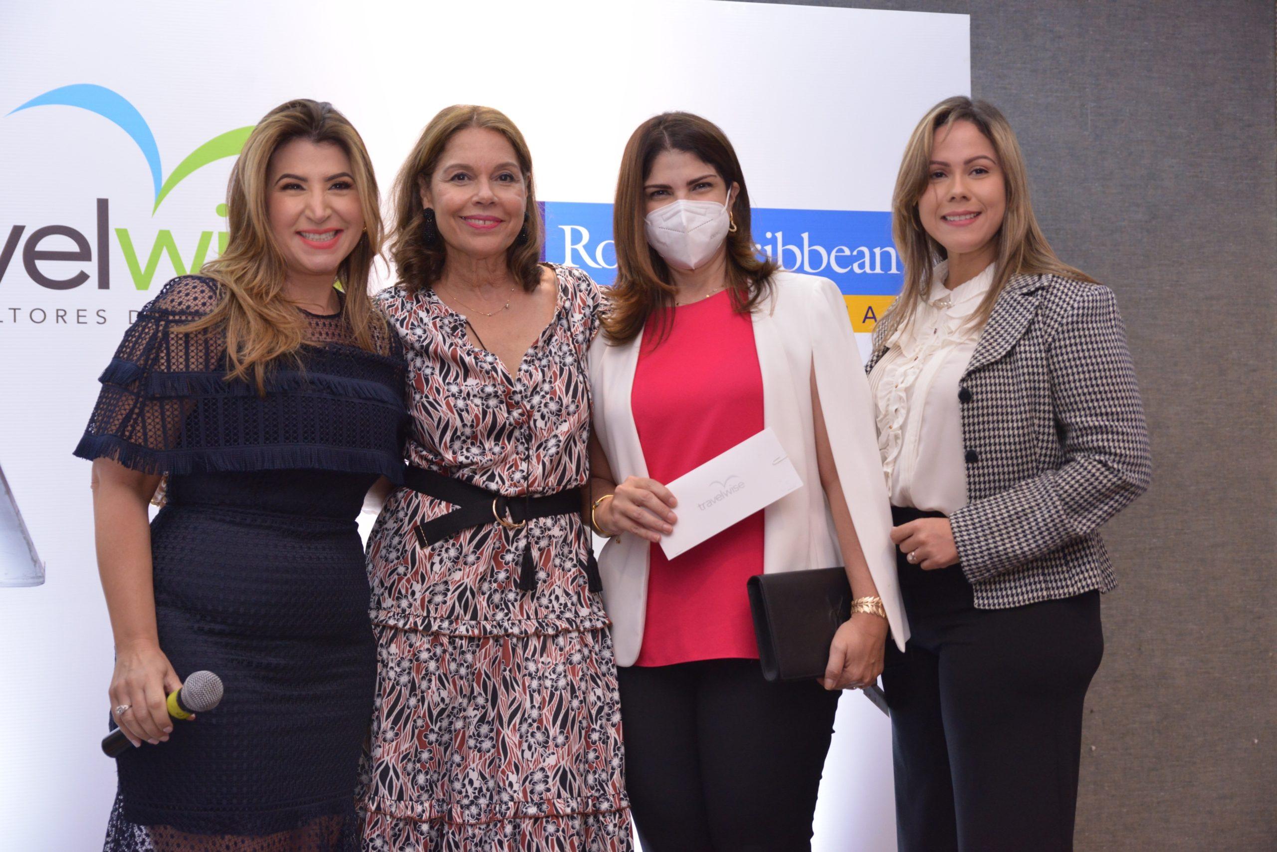 Laura Asilis, Clidia Diaz de Ortega, Dalia Sued y Rebecca Ovalle