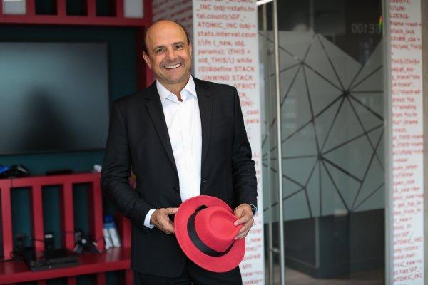 Paulo Bonucci VP y GG de Red Hat Latinoamérica