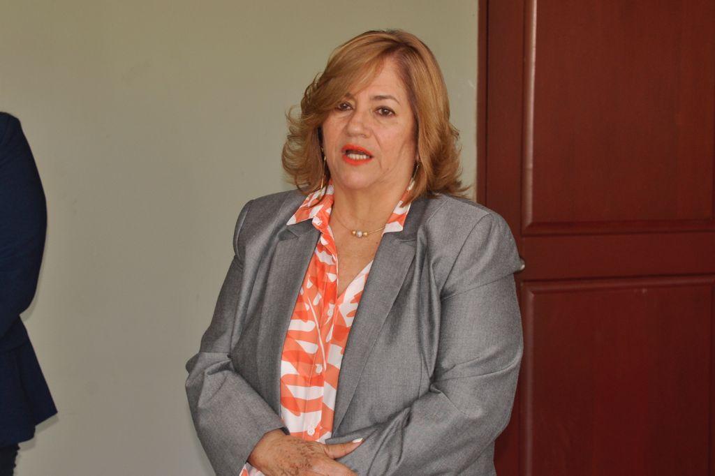 Magister Marieta Díaz, Directora Regional,