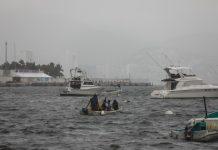 Vista del viernes, del malecón en Acapulco, el cual se encuentra cerrado a la navegación debido a la tormenta tropical Enrique, en el estado de Guerrero (México). EFE/David Guzmán