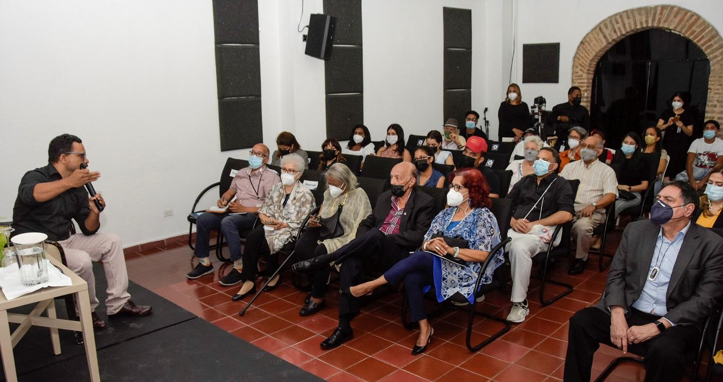 """La conferencia de Ruahidy Lombert fue el evento final correspondiente a la exposición """"Paul Giudicelli, 100 años. Obras del Museo Bellapart""""."""