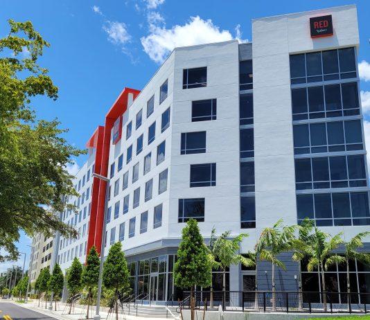 Radisson RED Miami Airport exterior
