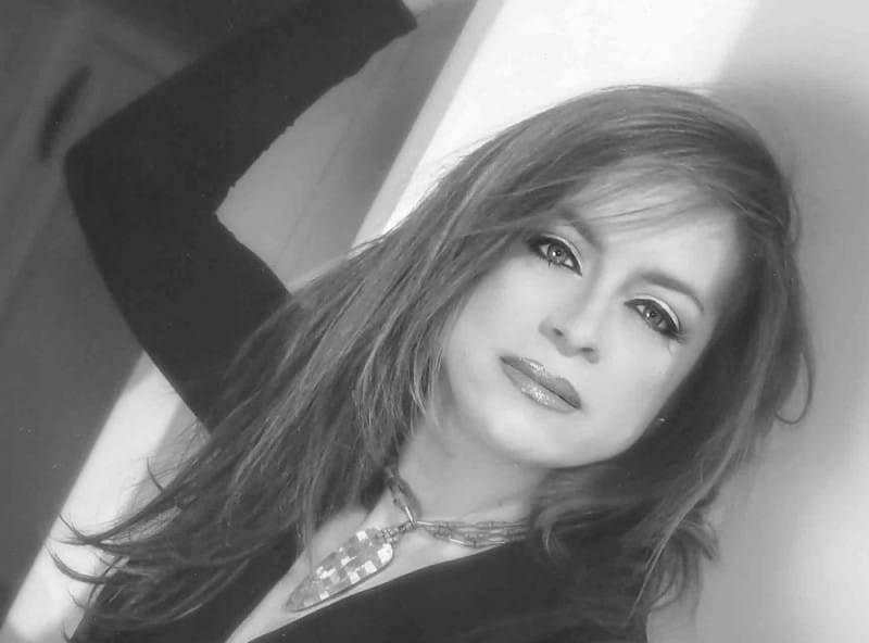 Mayra Robles